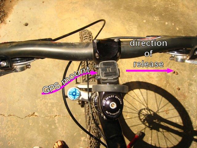 Garmin 305 GPS mount
